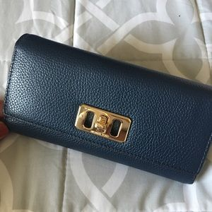 Michael Kors Karson Flap Continental Wallet